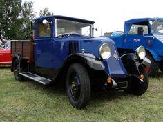camion-renault-des-annees-30-a