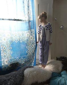 Série Mode : Home Alone. Photos : Dan Scudamore. Style : Roxzann Weston.