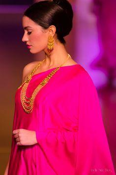Azva by World Gold Council at India Bridal Fashion Week 2013 Indian Muslim Bride, Muslim Brides, Indian Fashion Trends, Asian Fashion, Pakistani Outfits, Indian Outfits, Indian Bridal Couture, Indian Wedding Deco, Bridal Fashion Week