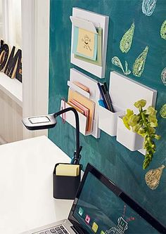 Jak urządzić pokój ucznia lub domowe biuro?  http://www.tchibo.pl/meble-biurowe-meble-dzieciece-t400065772.html