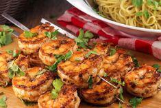 Shrimp Kabob Recipes, Skewer Recipes, Seafood Recipes, Appetizer Recipes, Cooking Recipes, Appetizers, Dinner Recipes, Cooking Raw Shrimp, How To Cook Shrimp