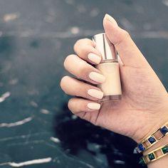 nude nail polish makes your hands perfect.  #셀프네일 #cute #watercolor #nailartjunkie #fashion #art #beauty #nail #ネイルサロン #naildesign #watercolornails #nailsalon #selfnail #design #네일 #nailart #polish #watercolornail #nailswag #ネイル #ネイルアート #wedding #pikapika_nails #수채화네일 #gelnail #젤네일 #네일아트 #nailpolish #nails #watercolornailart