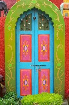 quenalbertini: Pretty doorway in Tampa, Florida Grand Entrance, Entrance Doors, Doorway, Cool Doors, Unique Doors, When One Door Closes, Knobs And Knockers, Door Gate, Painted Doors