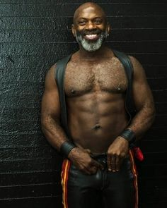 Hairy Men, Bearded Men, Black Boys, Black Men, Beard Styles For Men, Hommes Sexy, Man Images, Beard Gang, Hairy Chest