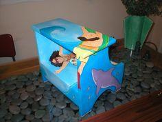 siblings beachy footstool
