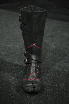 Black/Red Leather Vajra Tabi Boots by Ayyawear-Ninja-Gothic-Renaissance Tabi Shoes, Men's Shoes, Shoe Boots, Ninja Armor, Armas Ninja, Leather Armor, Red Leather, Carapace, Tac Gear