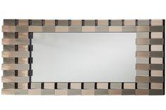 Ölçüler: 180 cm x 84 cm / Özel Ölçü Seçeneği Muhtelif ayna ve cila renkleri uygulanabilir Ayna renkleri: Doğal ayna, Bronz Ayna, Bakır Ayna Cila Renkleri: Parlak Siyah Lake Tüm Kredi Kartlarına Vade Farksız 6 Taksit