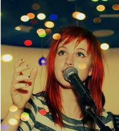 Hayley Williams of Paramore! Hayley Paramore, Paramore Hayley Williams, Music Jokes, Taylor York, The Most Beautiful Girl, Alter, Supermodels, Cool Hairstyles, Bands