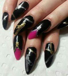 Zipper stiletto nails