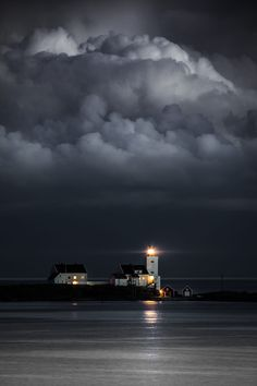 Hombor lighthouse by Tore Heggelund