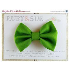 Fabric Bow Hair Clip, Grass Green Bow, Bow Headband ($6.95) ❤ liked on Polyvore