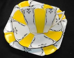 SHELLEY QUEEN ANNE YELLOW BLACK TEA CUP AND SAUCER TRIO ONE SET