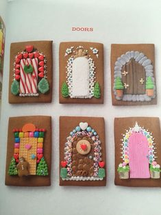 Gingerbread House Doors - cute idea for Christmas card set Homemade Gingerbread House, Graham Cracker Gingerbread House, Cool Gingerbread Houses, Gingerbread House Designs, Gingerbread House Parties, Christmas Gingerbread House, Christmas Sweets, Christmas Cooking, Christmas Goodies