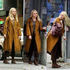 Emma Stone hat ihren Bob für die Schulterlänge, Platinum Blonde Erweiterungen