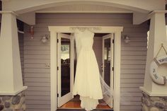 Wedding Dress | Washington Wedding | Clane Gessel Photography #wedding #photography #weddingdress