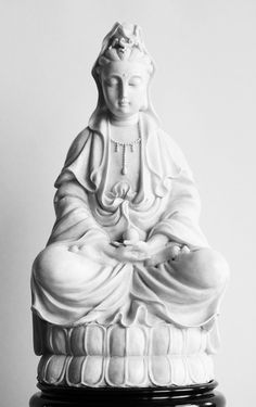 bodhisattva of compassion so calming. Chinese Buddhism, Buddha Art, Taoism, Guanyin, Religious Icons, Sacred Art, Our Lady, Calming, Altar