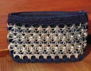 Cartera monedero hecho a mano reciclando anillas de lata - artesanum com