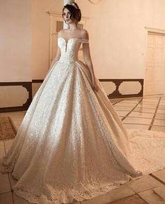 a90a9876fce Удивительных изображений на доске «Свадебные платья»  168