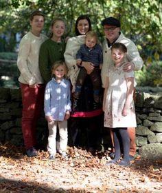 Da war aber jemand fleißig! Kira (m.) und Angelo Kelly haben fünf gemeinsame Kinder: Gabril, Helen, Emma, Joseph und William