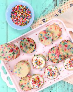 Filled with rainbow candy sprinkles, these crispy, colorful, and buttery delicious Funfetti Sugar Cookies are sure to be a hit. We even include a delicious frosting recipe to spread a dollop or too over each cookie! Rainbow Sugar Cookies, Rainbow Candy, Sugar Cookies Recipe, Rainbow Food, Holiday Cookie Recipes, Holiday Cookies, Christmas Food Treats, Candy Sprinkles, Gluten Free Chocolate