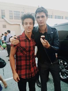 Two of my favorite guys in one picture. Ansel Elgort and Cameron Dallas ♡ Ansel Elgort, Cam Dallas, Cameron Dallas, Magcon Family, Magcon Boys, Cameron Alexander Dallas, Vine Boys, Bae, Carter Reynolds