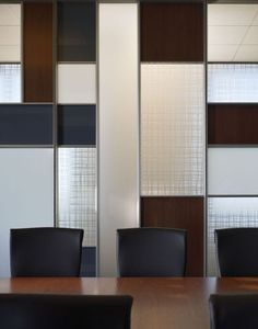 DIRTT Environmental Solutions - Center Mounted Tiles