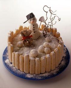 Schneemann-Torte - Was für´s Auge und zum Adventskaffee | Kalorien: 301 Kcal - Zeit: 2 Std. | http://eatsmarter.de/rezepte/schneemann-torte