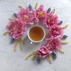 Sweet evening everyone #teaandseasons #cups_are_love #naughtyteas#9vaga_shabbysoft9 #antique_r_us #prettycreativestyle #slowflowers #sunday_sundries #myeverydaymagic #tv_living #tv_stilllife #tv_lifestyle #still_life_gallery #inspiredbypetals #petalsandprops #allwhatsbeautiful #fouriadorefriday #styleonmytable #aquietstyle#floralfridaycompetition #foreverfaffing #tv_neatly #global_ladies #natureflatlays #thatsdarling#ccseasonal #jj_coffeetime #botanicalforagersunitedsocietyinc #inspired...