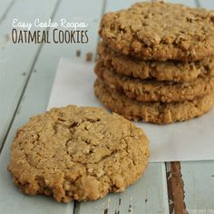 If you are looking for easy cookie recipes look no further, I have the perfect recipe for you! Chewy Oatmeal Cookies are delicious and is easy to make too! Homemade Oatmeal Cookies, Milk Chocolate Chip Cookies, Best Oatmeal Cookies, Oatmeal Cookie Recipes, Easy Cookie Recipes, Dessert Recipes, Chocolate Chips, Drink Recipes, Cookies Ingredients