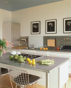 gray laminate counter for laundry contemporary kitchen by Fougeron Architecture FAIA Green Kitchen Countertops, Laminate Countertops, Kitchen Backsplash, Backsplash Ideas, Kitchen Laminate, Backsplash Design, Stainless Backsplash, Quartz Countertops, Stylish Kitchen