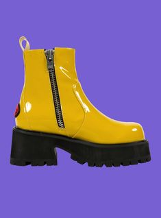 🌼 Dada Boot in Yellow 🌼 Funky Shoes, Cute Shoes, Me Too Shoes, Cheap Fashion, Fashion Shoes, Unif Clothing, Aesthetic Shoes, Yellow Shoes, Sock Shoes