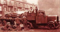 ... chain-drive were common when this Scammel hauled the 350hp Sunbeam