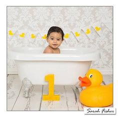 Little Aleeza enjoying the tub splash part of her first birthday photo shoot.  Her mum and dad chose my miniature white clawfoot tub along with the duck accessory set (there's quite a few to choose from) and she certainly looks like she approves! #cakesmash #sarahfisherphotography #birthday #firstbirthday