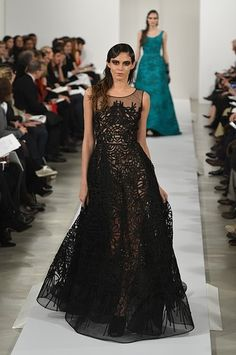 All the Looks: Oscar de la Renta's Ladylike Fall 2013 Collection (With a Hint of Galliano) | StyleCaster