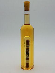 """Weinflasche mit Qualitätswein """"Furmint"""" und zylindrischem Hohlraum für Geschenke Whiskey Bottle, Vodka Bottle, Corks, Wine, Drinking, Gifts"""