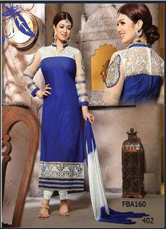 Hermoso vestido Hindu (Sari) con su Hiyab (Velo)