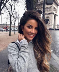 Watch Here Brunettes: Hair Color Ideas For Tanned Skin! Hair Inspo, Hair Inspiration, Summer Hairstyles, Cool Hairstyles, Beachy Hair, Bronze Skin, Pinterest Hair, Dream Hair, Brunette Hair