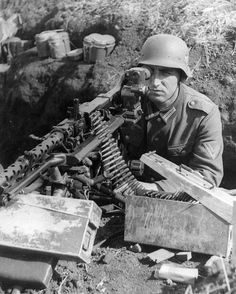 """456 Likes, 4 Comments - @german_forces_33 on Instagram: """"Mg-34 position on the eastern front,1941 (note the optics!). #wehrmacht #luftwaffe #kriegsmarine…"""""""