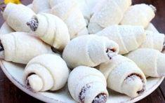 Se topesc în gură! Iată rețeta celor mai delicioase cornulețe cu gem! - Secretele Gospodinelor Romanian Desserts, Romanian Food, Romanian Recipes, Focaccia Bread Recipe, Cake Recipes, Dessert Recipes, Cheese Muffins, Sweet Cakes, Culinary Arts