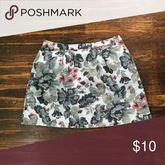 Floral print skirt Cute, on the go skirt for everyday fashion! Skirts Mini