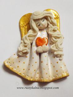 pl/aniolki-z-masy-solnej/ Diy Xmas, Homemade Christmas, Christmas Art, Christmas Decorations, Clay Crafts, Arts And Crafts, Clay Angel, Paper Clay Art, Salt Dough Ornaments
