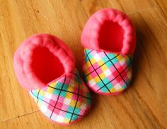 Pink Argyle Fleece Baby Booties