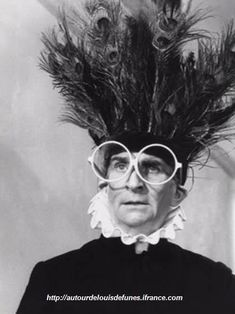 Louis de Funès July 1914 – 27 January was a very popular French actor of Spanish origin, who is one of the giants of French comedy Jean Rochefort, The Comedian, Nostalgia, Actor Studio, Thats The Way, Funny People, Black And White Photography, Comedians, Movie Stars