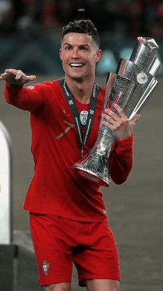 Portugal Fc, Cristiano Ronaldo Portugal, Cr7 Wallpapers, Red Leather, Leather Jacket, Fifa, Punk, Jackets, Style