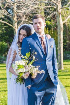 beautiful couple bride & groom Greece Wedding, Make Design, Beautiful Couple, Plan Your Wedding, Luxury Wedding, Bride Groom, Wedding Reception, Wedding Decorations, Sparkle