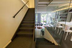 Escaleras   Proyecto Maurici Serrahima STANDAL Distribución en dos niveles #interior #design #escaleras #stairs