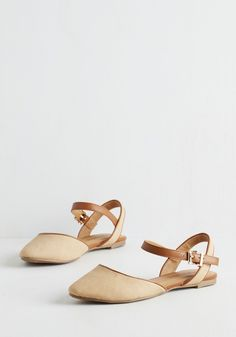 Just What I Had Inn Mind Flat in Tan. Pack your bags and head out for a blissful countryside weekend in these tan flats! #tan #modcloth