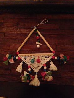 Annemin ikizlerin odası için yaptığı DATÇA nazarlığı Foam Crafts, Diy And Crafts, Arts And Crafts, Mobiles, Art N Craft, Handicraft, Sewing Crafts, Tassels, Projects To Try
