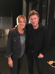 "Richard Wilkins on Twitter: ""Ok...so it's nearly showtime!!! @KeithUrban is playing the #deniutemuster tonight and is coming up on @TheTodayShow"