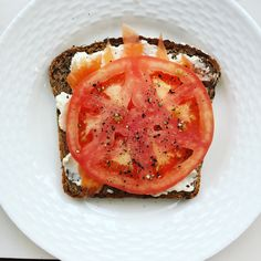 Sunday morning #healthybreakfast: bagel, low fat cream cheese, lox and tomato. Hold the #bagel!  I used Eli's #healthbread instead.